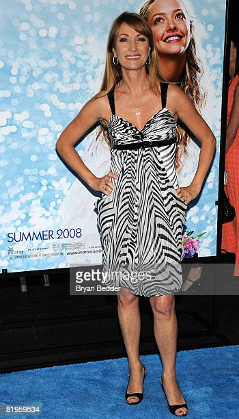 Actress Jane Seymour arrives at the premiere of 'Mamma Mia' at the Ziegfeld Theatre July 16 2008 in New York City