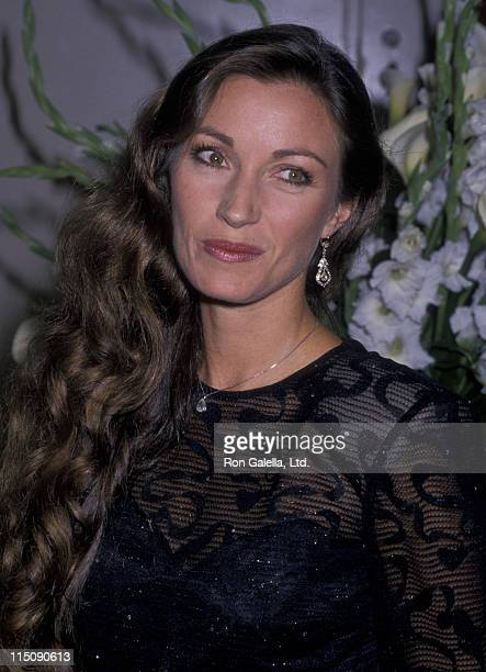 Actress Jane Seymour attends First Annual California Lifetime Achievement Awards Honoring Hubert de Givenchy on October 28 1988 at the Beverly...