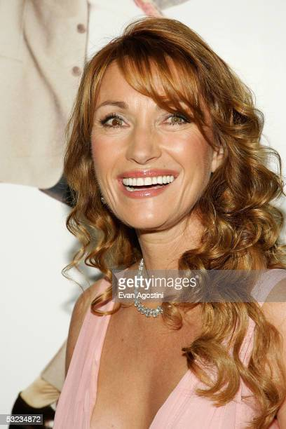 Actress Jane Seymour Attends The Premiere Of Wedding Crashers At Ziegfeld Theatre July