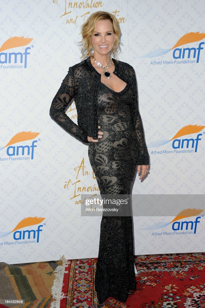 Actress Janet Marie Gretzky attends the 10th annual Alfred Mann Foundation Gala at 9900 Wilshire Blvd on October 13, 2013 in Beverly Hills, California.