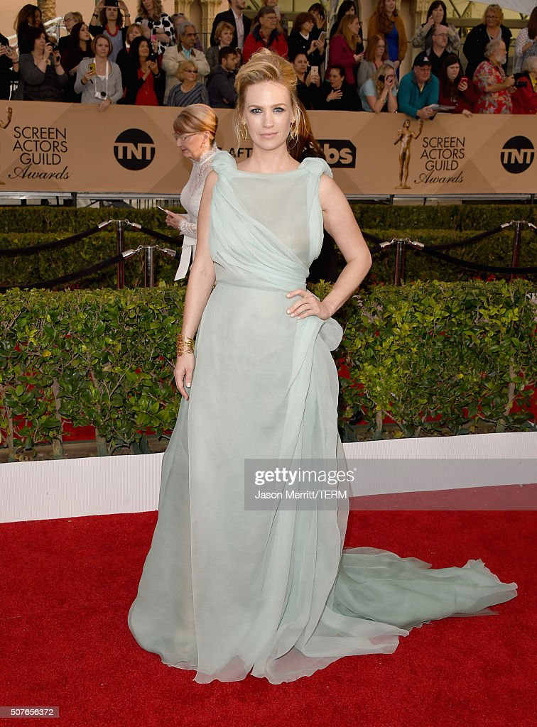 Actress January Jones attends The 22nd Annual Screen Actors Guild Awards at The Shrine Auditorium on January 30, 2016 in Los Angeles, California. 25650_015