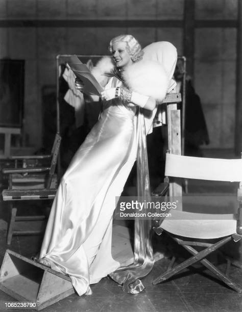 Actress Jean Harlow in a scene from the movie Dinner at Eight