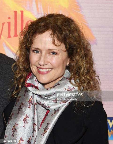 Actress Jean Louisa Kelly arrives at Jimmy Buffett's Escape To Margaritaville LA Premiere Engagement at the Dolby Theatre on February 18 2020 in...