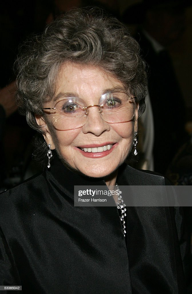 Actress Jean Simmons attends the Golden Boot Awards held at the Beverly Hilton Hotel on August 13, 2005 in Beverly Hills, California.