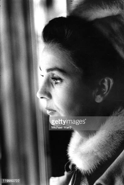 Actress Jean Simmons on location for the film 'Life at the Top' 1965