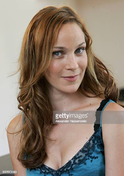 Actress Jeanette Hain poses during the Photocall for the SAT 1 Movie Bis in die Spitzen August 15 2005 in Hamburg Germany