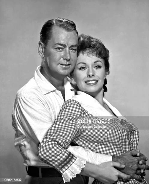 """Actress Jeanne Crain,Alan Ladd in a scene from the movie """"Guns of the Timberland"""""""