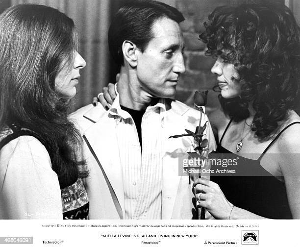 "Actress Jeannie Berlin, actor Roy Scheider and actress Rebecca Dianna Smith on set of the movie ""Sheila Levine Is Dead and Living in New York"" ,..."