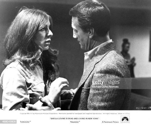 "Actress Jeannie Berlin and actor Roy Scheider on set of the movie ""Sheila Levine Is Dead and Living in New York"" , circa 1975."