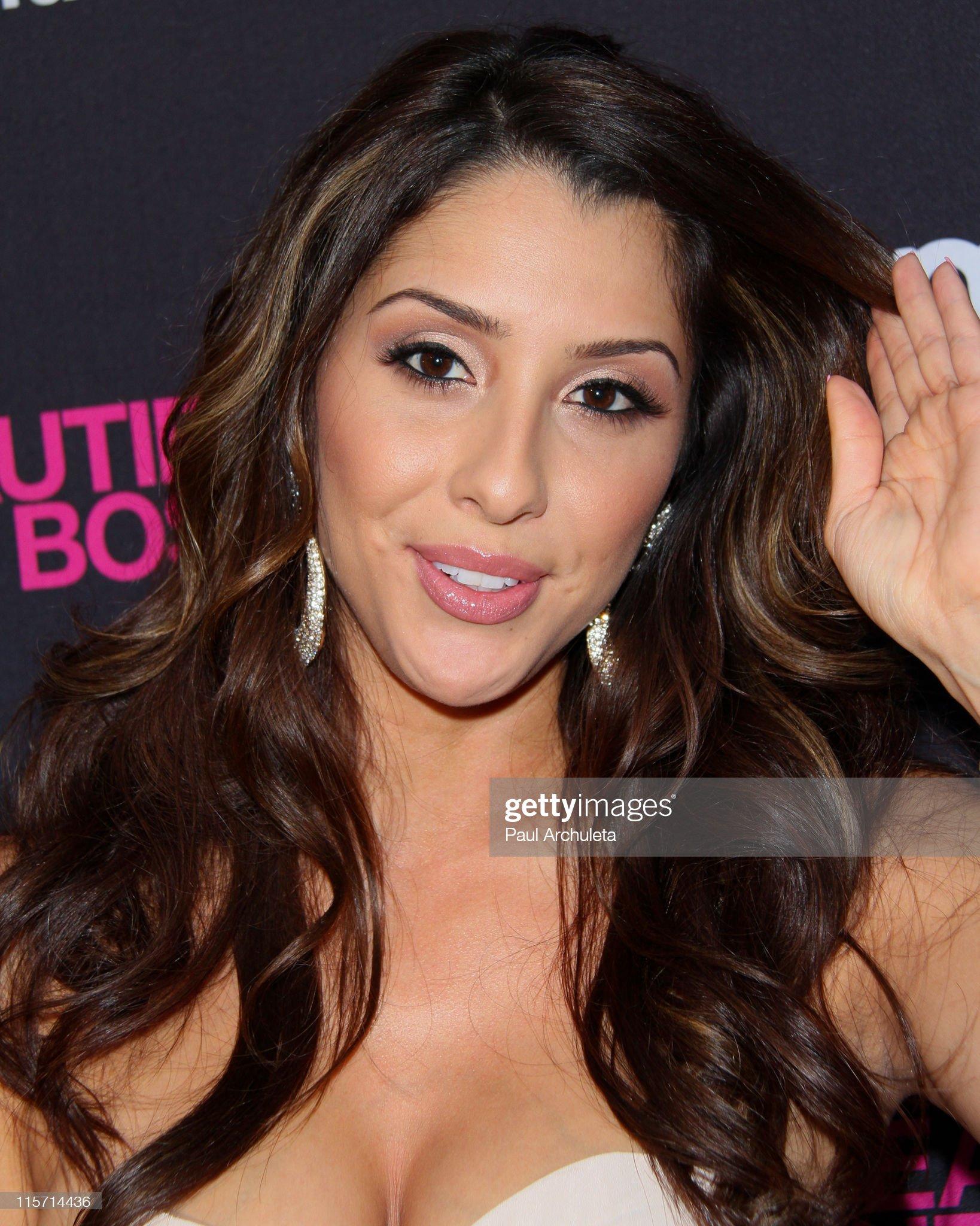 DEBATE sobre belleza, guapura y hermosura (fotos de chicas latinas, mestizas, y de todo) - VOL II - Página 9 Actress-jen-c-arrives-at-the-beauties-the-boss-premiere-party-at-my-picture-id115714436?s=2048x2048