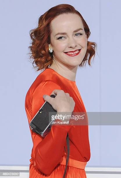 Actress Jena Malone arrives at the Los Angele Premiere The Hunger Games Mockingjay Part 1 at Nokia Theatre LA Live on November 17 2014 in Los Angeles...