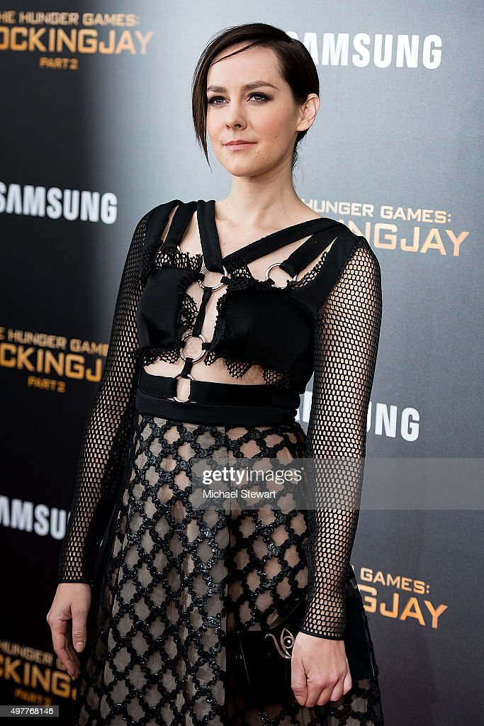 Actress Jena Malone attends 'The Hunger Games: Mockingjay- Part 2' New York premiere at AMC Loews Lincoln Square 13 theater on November 18, 2015 in New York City.