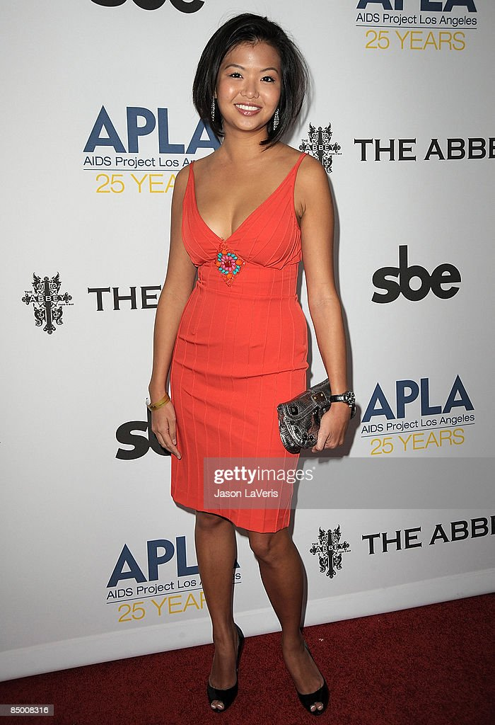 """APLA's 8th Annual Oscar Viewing Party """"The Envelope Please"""" : News Photo"""