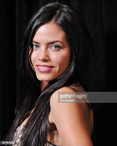 Actress Jenna Dewan arrives at the DIC/InStyle's 9th Annual Awards Season Diamond Fashion Show Preview at Beverly Hills Hotel on January 14 2010 in...