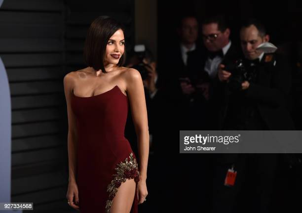 Actress Jenna Dewan Tatum attends the 2018 Vanity Fair Oscar Party hosted by Radhika Jones at Wallis Annenberg Center for the Performing Arts on...