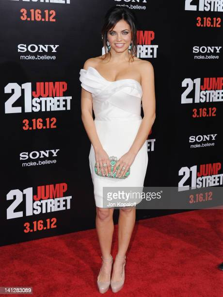 Actress Jenna DewanTatum arrives at the Los Angeles Premiere '21 Jumpstreet' at Grauman's Chinese Theatre on March 13 2012 in Hollywood California