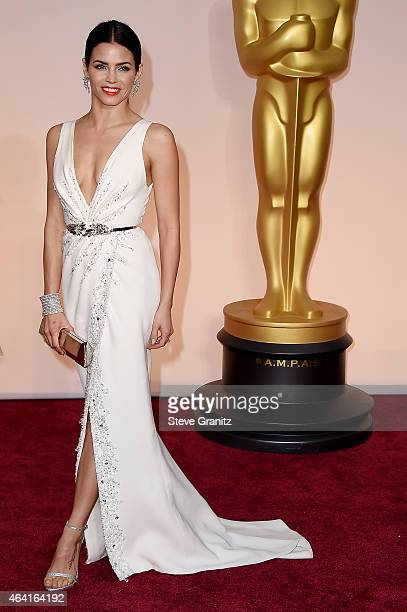 Actress Jenna DewanTatum attends the 87th Annual Academy Awards at Hollywood Highland Center on February 22 2015 in Hollywood California