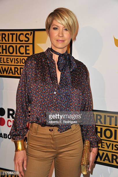 Actress Jenna Elfman arrives at the Critics' Choice Television Awards at Beverly Hills Hotel on June 20 2011 in Beverly Hills California