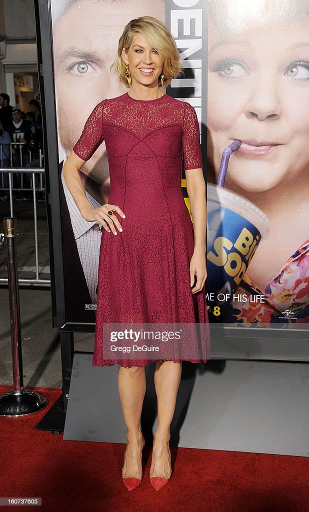 Actress Jenna Elfman arrives at the 'Identity Thief' Los Angeles premiere at Mann Village Theatre on February 4, 2013 in Westwood, California.
