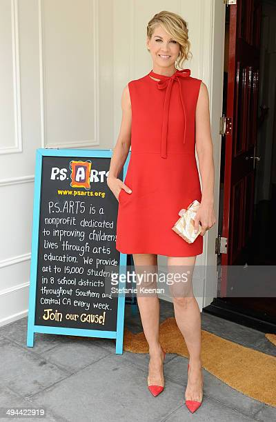 Actress Jenna Elfman attends Annual PS ARTS Bag Lunch on May 29 2014 in Los Angeles California