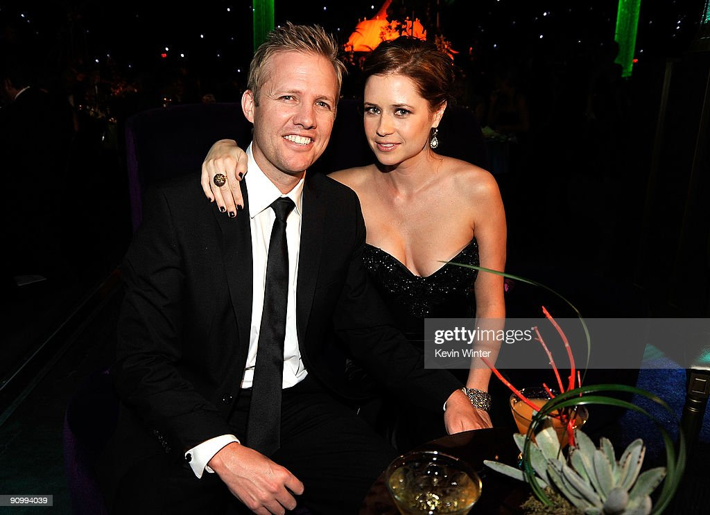 Actress Jenna Fischer (R) and Lee Kirk attend the Governors Ball for the 61st Primetime Emmy Awards held at the Los Angeles Convention Center on September 20, 2009 in Los Angeles, California.