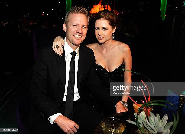 Actress Jenna Fischer and Lee Kirk attend the Governors Ball for the 61st Primetime Emmy Awards held at the Los Angeles Convention Center on...