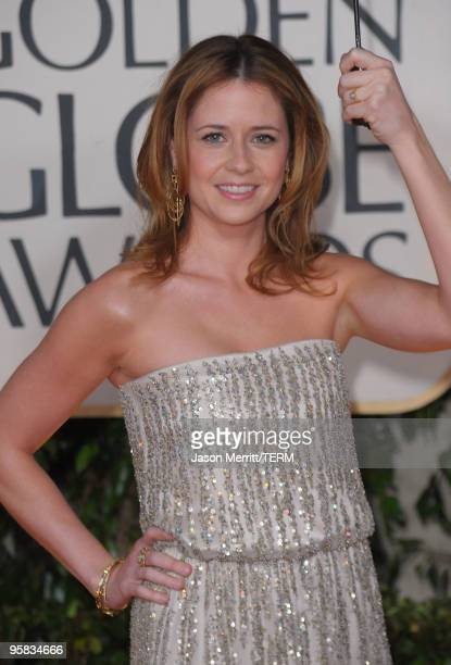 Actress Jenna Fischer arrives at the 67th Annual Golden Globe Awards held at The Beverly Hilton Hotel on January 17, 2010 in Beverly Hills,...