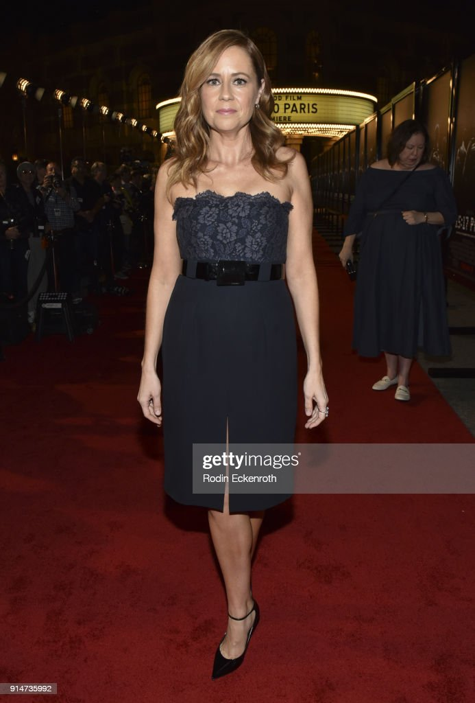 Actress Jenna Fischer arrives at the premiere of Warner Bros. Pictures' 'The 15:17 to Paris' at Warner Bros. Studios on February 5, 2018 in Burbank, California.