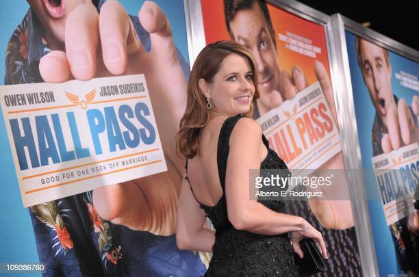 Actress Jenna Fischer arrives to the premiere of Warner Bros Pictures' Hall Pass on February 23 2011 in Los Angeles California