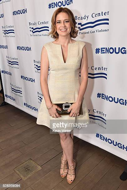 Actress Jenna Fischer attends the 2016 Los Angeles Brady Bear Awards Gala at Four Seasons Hotel Los Angeles at Beverly Hills on May 4 2016 in Los...