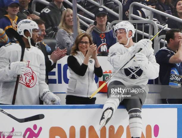 Actress Jenna Fischer works the bench in the game between Atlantic Division v Pacific Division during the 2020 Honda NHL AllStar Game at Enterprise...