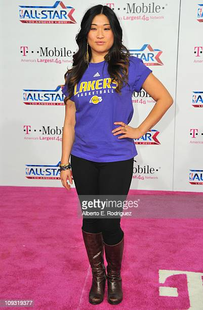 Actress Jenna Ushkowitz arrives to the T-Mobile Magenta Carpet at the 2011 NBA All-Star Game on February 20, 2011 in Los Angeles, California.