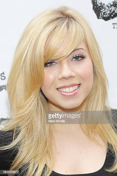 Actress Jennette McCurdy attends the Los Angeles Drama Club's 2nd Annual Tempest In A Teacup Gala Fundraiser and Benefit performance at The Magic...