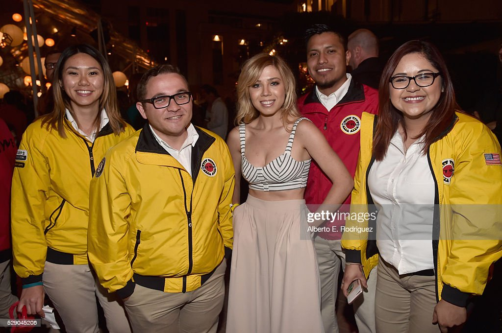 City Year Los Angeles Spring Break Event : News Photo