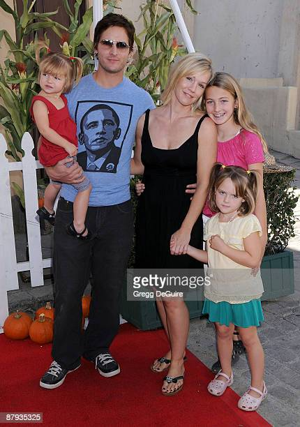 Peter Facinelli And Jennie Garth Family