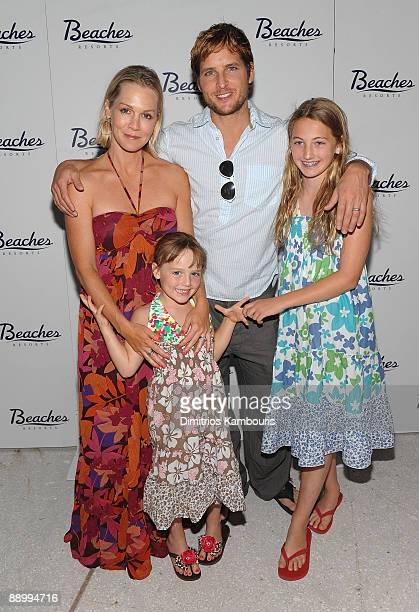 PROVIDENCIALES TURKS AND CAICOS ISLANDS MAY 15 Actress Jennie Garth Actor Peter Facinelli and children attend the grand opening of Italian Village...
