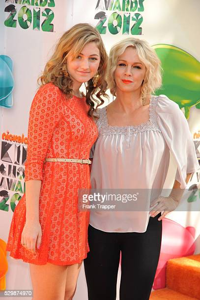 Actress Jennie Garth and daughter Luca Bella Facinelli arrive at Nickelodeon's 25th Annual Kids' Choice Awards held at the Galen Center