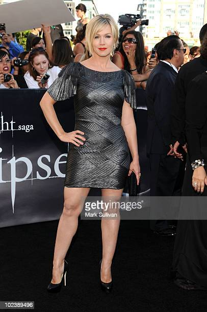 Actress Jennie Garth arrives to the premiere of 'The Twilight Saga Eclipse' during the 2010 Los Angeles Film Festival at Nokia Theatre LA Live on...