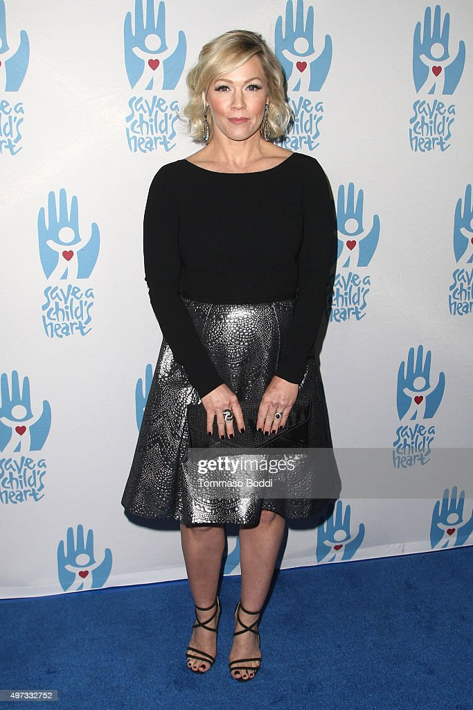 Actress Jennie Garth attends the 2nd annual Save a Child's Heart Gala held at Sony Pictures Studios on November 15, 2015 in Culver City, California.
