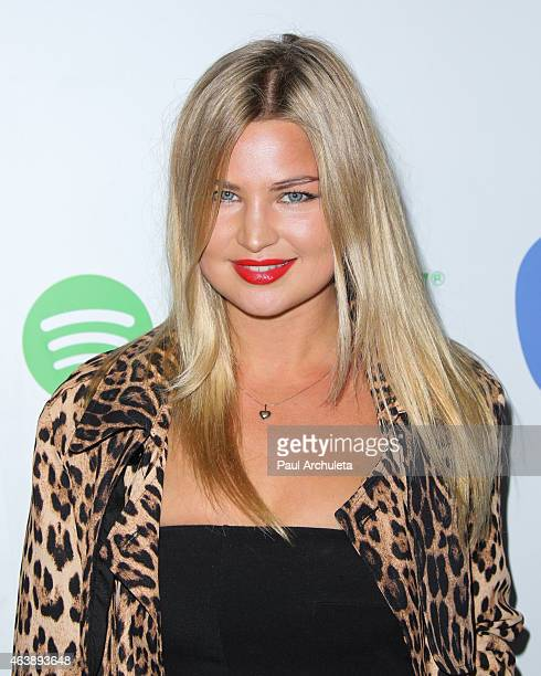 Actress Jennifer Ackerman attends the Warner Music Group annual GRAMMY celebration at Chateau Marmont on February 8 2015 in Los Angeles California