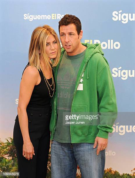 60 Top Jennifer Aniston And Adam Sandler Attend Just Go With It