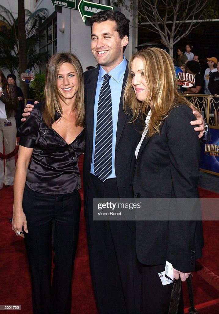 Bruce Almighty Film Premiere in Hollywood : News Photo