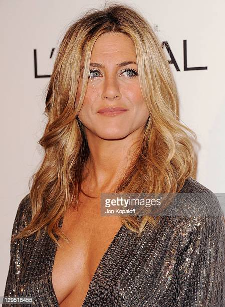 Actress Jennifer Aniston arrives at the 18th Annual ELLE Women In Hollywood Tribute at The Four Seasons Hotel on October 17 2011 in Beverly Hills...
