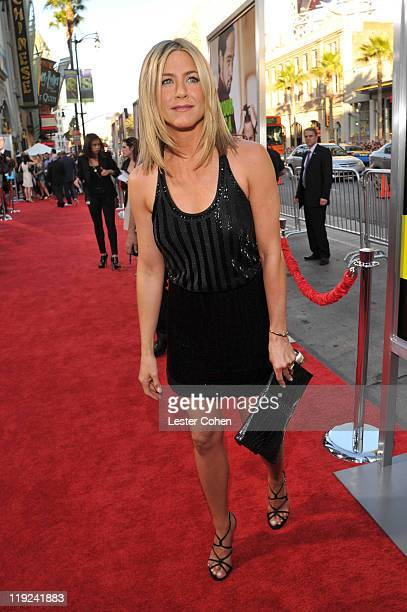 Actress Jennifer Aniston arrives at the Horrible Bosses Los Angeles premiere at Grauman's Chinese Theatre on June 30 2011 in Hollywood California