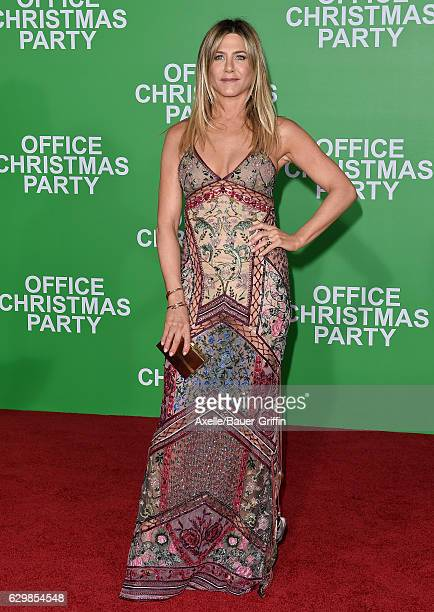 Actress Jennifer Aniston arrives at the Los Angeles Premiere of 'Office Christmas Party' at Regency Village Theatre on December 7 2016 in Westwood...