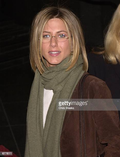 Actress Jennifer Aniston arrives at the premiere of 'Snatch' January 18 2001 at the Director's Guild Theatre in Hollywood CA