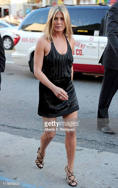 """Actress Jennifer Aniston arrives at the premiere of Warner Bros. Pictures' """"Horrible Bosses"""" at Grauman's Chinese Theatre on June 30, 2011 in..."""