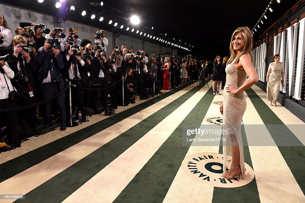 Actress Jennifer Aniston attend the 2015 Vanity Fair Oscar Party hosted by Graydon Carter at the Wallis Annenberg Center for the Performing Arts on February 22, 2015 in Beverly Hills, California.