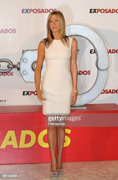 Actress Jennifer Aniston attends 'Exposados' photocall, at the Villamagna Hotel on March 30, 2010 in Madrid, Spain.
