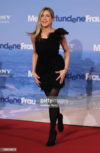 Actress Jennifer Aniston attends the 'Meine Erfundene Frau' Germany Premiere at CineStar on February 21 2011 in Berlin Germany